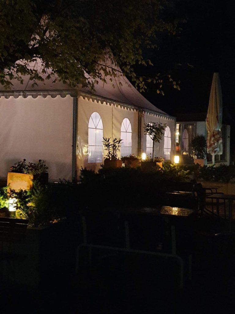 Paros_Restaurant_außen